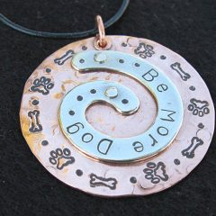 be more dog pendant